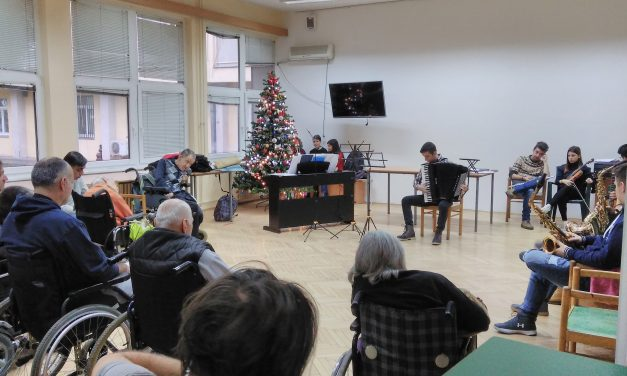 Хуманитарни концерт у Дому за одрасла непокретна лица