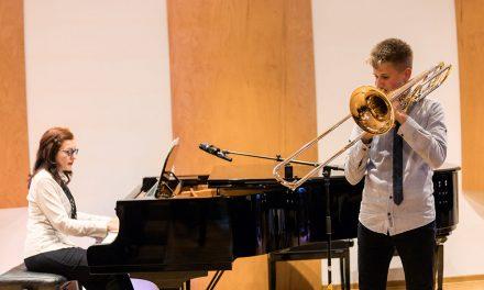 80 ГОДИНА РАДОСТИ МУЗИЦИРАЊА Концерт у школи